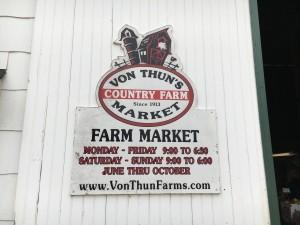VonThunFarmMarketISept22017